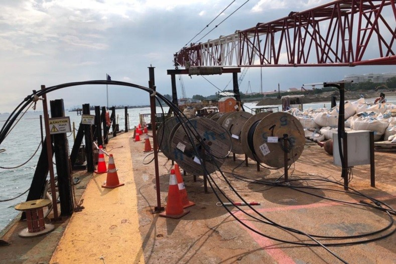 (1) Geotechnical Instrumentation and Monitoring company-companies Singapore-Installation of 1km long automated real-time settlement monitoring system on sea bed-Geonamics