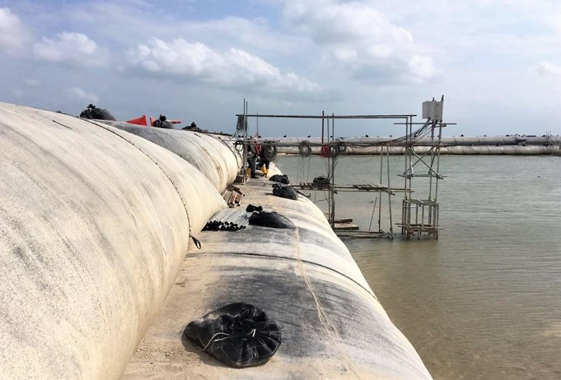 (2) Geotechnical Instrumentation and Monitoring Company-Companies Singapore-Installation of automated real-time instrumentation cluster in inter-tidal conditions-Geonamics